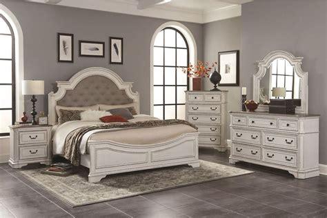 Brazil Platform 5 Piece Bedroom Set byBestMasterFurniture