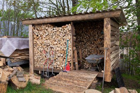 Brennholz Lagern