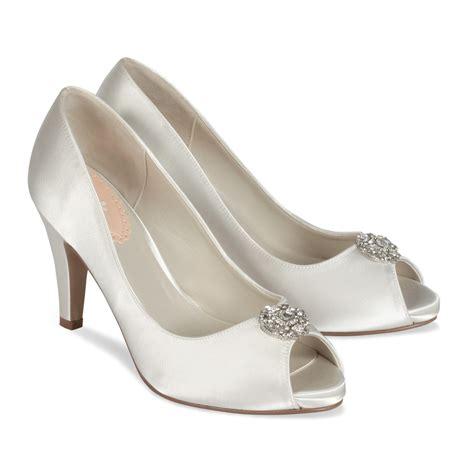 Court Wedding Attire Bridal Shoes Uk Wedding Prom The Wedding Boutique