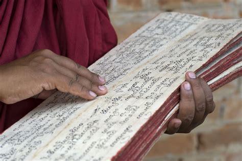 Read Books Buddhist Scriptures Online