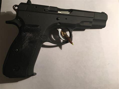 Buds-Guns Buds Gun Cz 75b.
