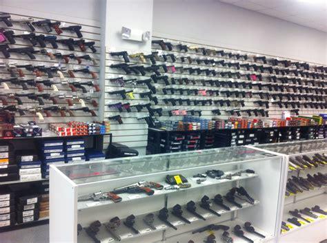 Buds-Guns Buds Gun Shop Ffl