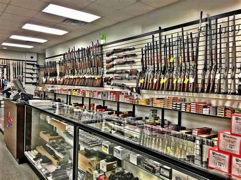 Buds-Guns Buds Gun Shop Lexington