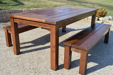 Build A Outdoor Table