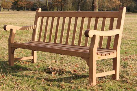 Build A Park Bench