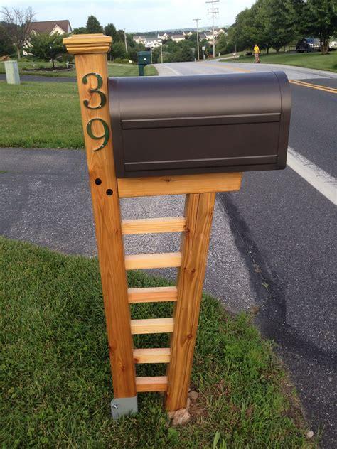 Build A Wooden Mailbox