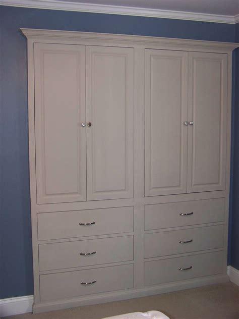 Built In Dresser Cabinet Design