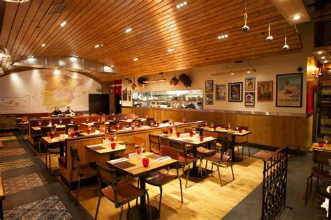 Camino Restaurant Monument