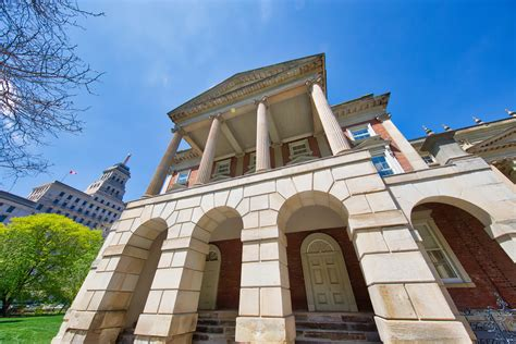 Contract Lawyer Kelowna Canada Does An Ontario Court Have The Jurisdiction To