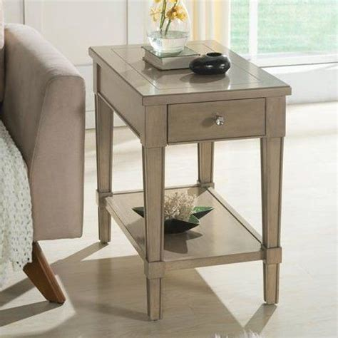 Catalpa Chairside Table