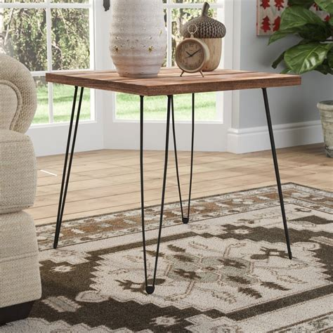 Chausse End Table