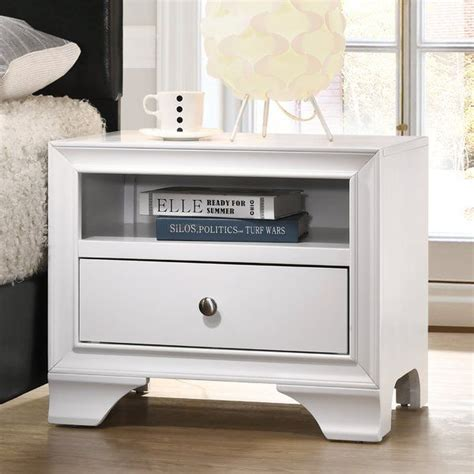 Cleckley 1 Drawer Nightstand