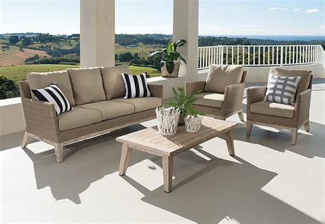 Comfortable Deck Furniture
