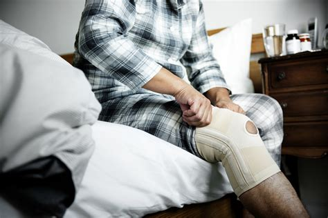common knee injury treatments for osteoporosis