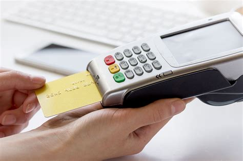 Credit Card Reader Wireless Credit Card Reader Mobile Contactless Terminal Izettle