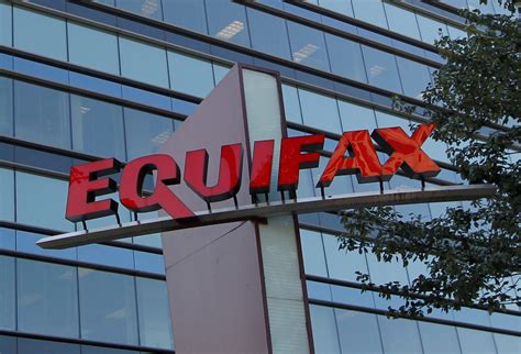 Credit Card Hack Software 2016 Equifax Hackers Stole 200k Credit Card Accounts In One