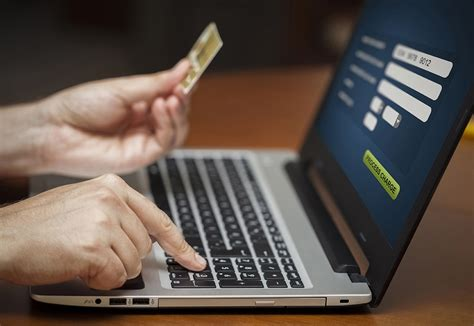 Credit Card Size Flyers Simple Secure Online Payment Processing >> Revopay