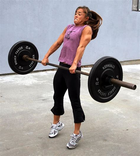 crossfit hip extension stretch amputee woman