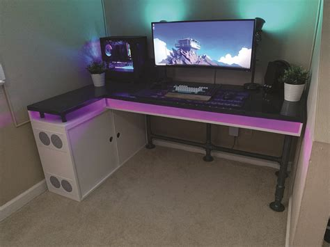 Custom Computer Desk Design