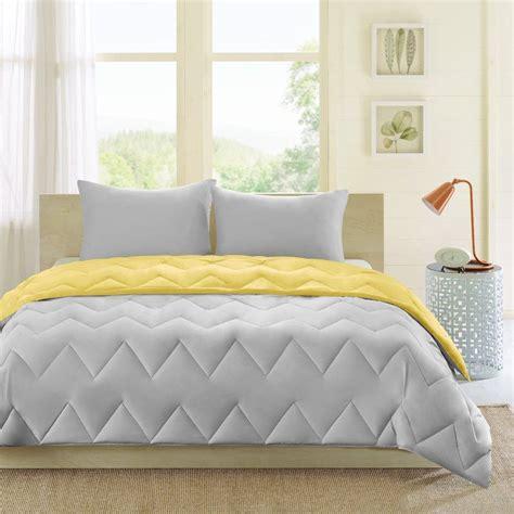 Debcoe Reversible Comforter Set