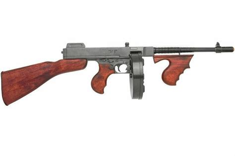 Tommy-Gun Denix Tommy Gun.