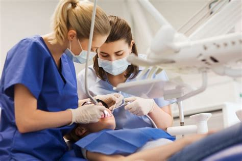 Legal Assistant Yearly Salary Dental How Much Do Assistants Make
