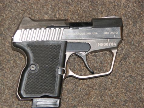 Gun-Shop Desert Eagle 380.