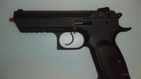Desert-Eagle Desert Eagle 45 Made In Israel.