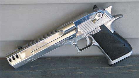 Desert-Eagle Desert Eagle 5.0 Handgun.