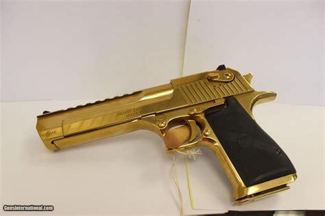 Desert-Eagle Desert Eagle Pistol.