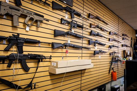 Gun-Store-Question Do Pawn Stores Sell Guns In Florida.
