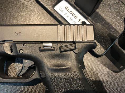 Gunkeyword Does A Glock 22 Have A Safety.