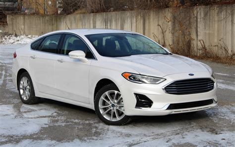 Taurus-Question Does Ford Sell More Taurus Or Fusion.