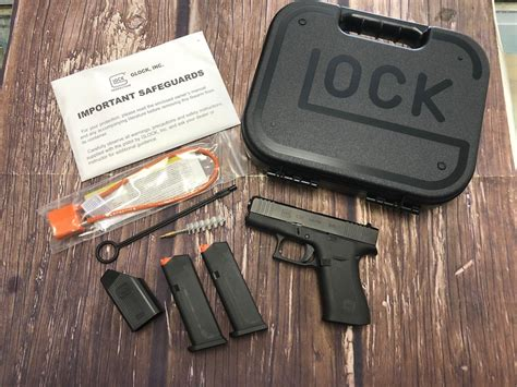 Glock-Question Does Glock 43 Come With A Speed Loader.