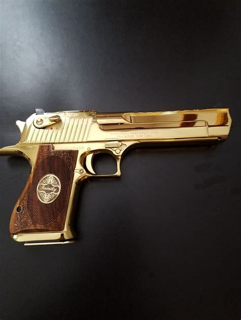 Desert-Eagle Does The Desert Eagle Have Any Tactical Purpose.