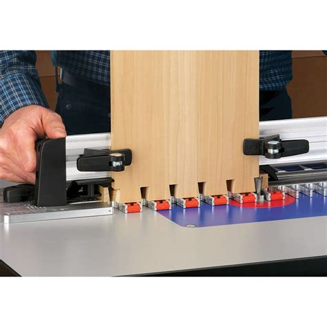 Dovetail Router Table Jig