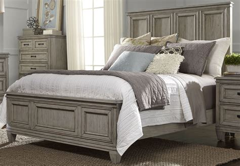 Driftwood Panel Bed byPanama Jack Home