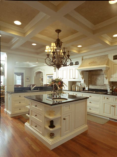 English Style Kitchen Cabinet Design
