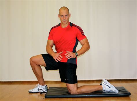 exercise to loosen hip flexors and align background