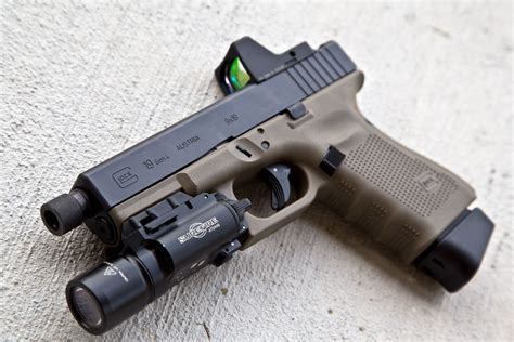 Glock-19 Fde Glock 19 Mag Extension.