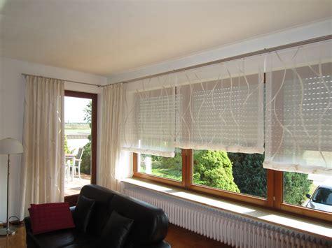 Fenster Mit Gardinen