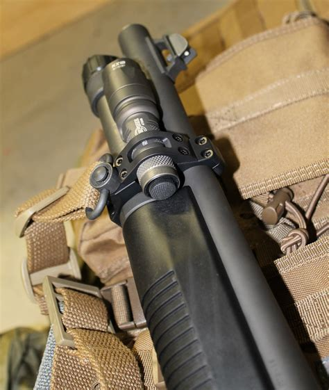 Benelli Flashlight Mount For Benelli M4.