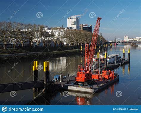Floating Bremen