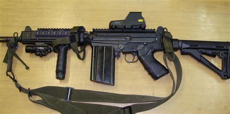 Buds-Guns Fn Fal Buds Guns.