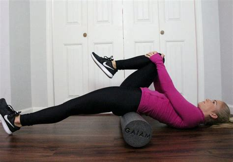 foam roll hip flexor stretch exercises for lower