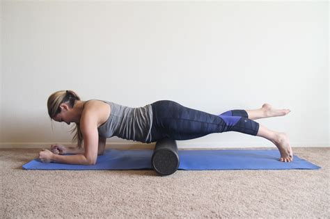 foam roller hip flexor exercises and stretches