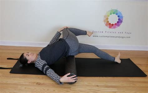 foam roller hip flexor stretch videos yoga en