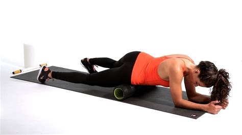 foam roller hip flexor stretches video