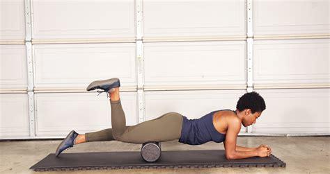 foam rolling hip flexor tightness anterior pelvic tilt squat