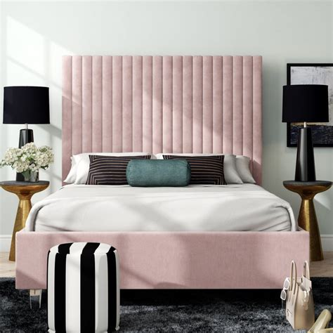 Fuiloro Upholstered Platform Bed by Everly Quinn